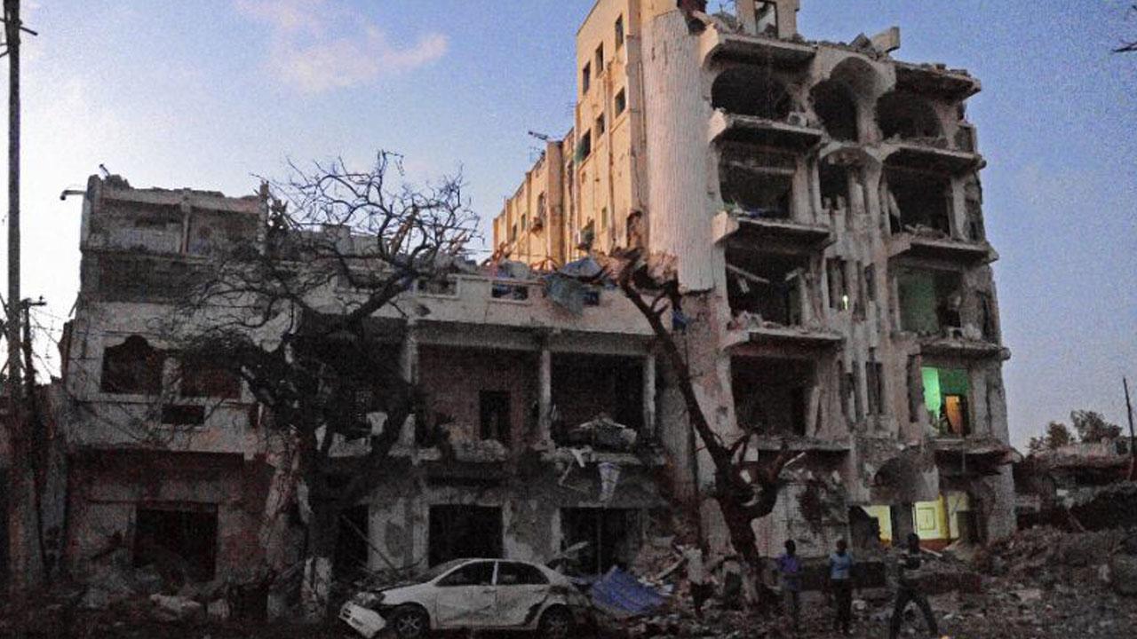 The destroyed Ambassador Hotel in Mogadishu pictured after a car bomb exploded on June 1, 2016 (AFP Photo/Mohamed Abdiwahab)