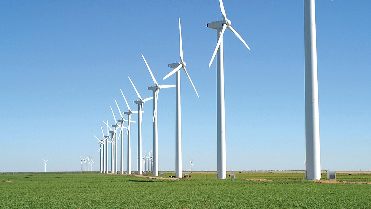 Brazos Wind Farm in the plains of West Texas. The largest operational onshore wind farms are located in Germany, China and the United States