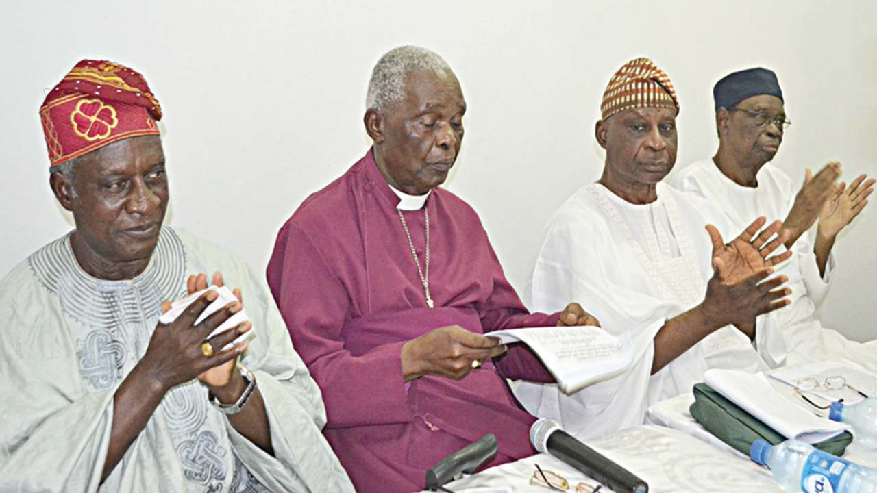 Deputy Chairman, Yoruba Unity Forum, Bishop Ayo Ladogbolu (left); Chairman, Rev. Emmanuel Gbonigi; Vice Chairman, Senator Femi Okunrounmu and Senator Mojisoluwa Akinfenwa at a press conference on the state of the nation in Ibadan, Oyo State…yesterday. PHOTO: NAJEEM RAHEEM