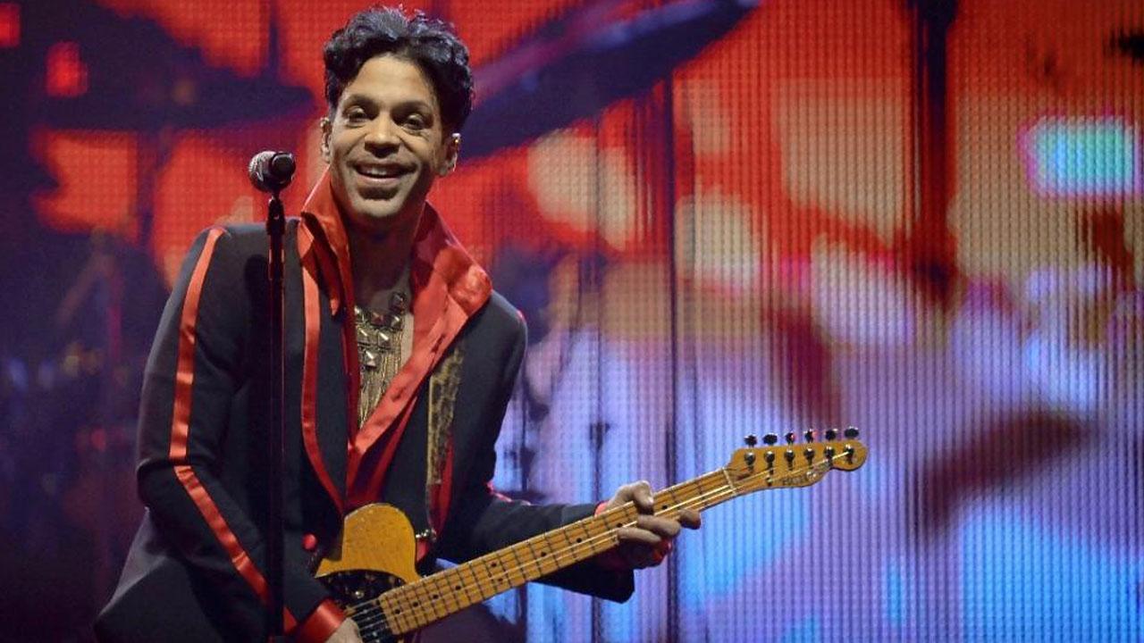 Prince (AFP Photo/Dirk Waem)