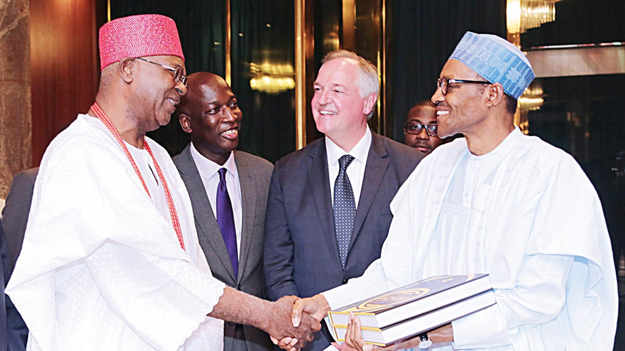 President Muhammadu Buhari (right) in handshake with Chairman, Unilever Nigeria and the Obi of Onitsha, Igwe Nnaemeka Alfred Achebe, Global Chief Executive Officer, Unilever, Paul Polman and Managing Director, Unilever Nigeria, Yaw Nsarkoh during a visit to the president at the State House, Abuja…yesterday PHOTO: PHILIP OJISUA