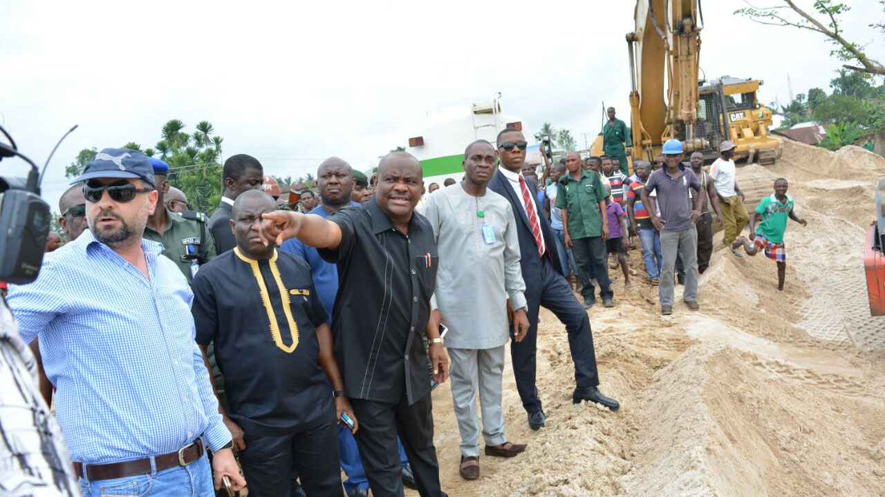 River State Governor, Nyesom Ezenwo Wike inspecting work on the completed stretch of the Igwuruta-Chokocho road yesterday