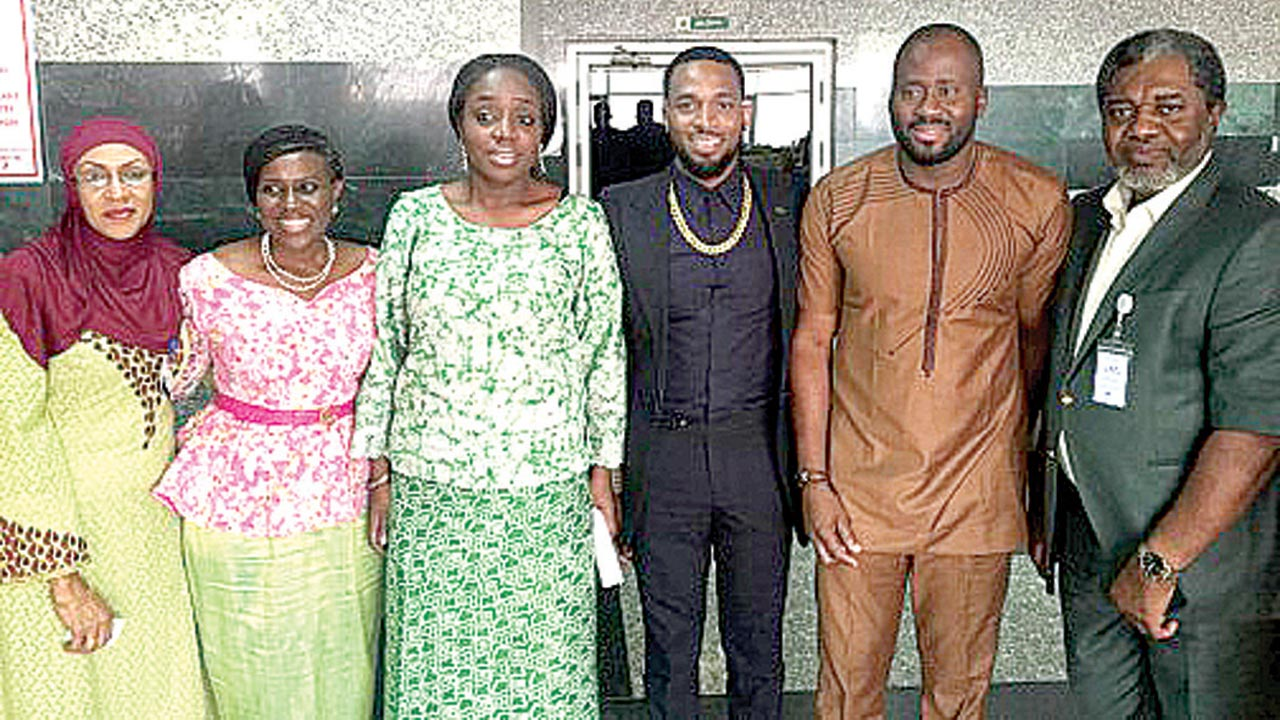 Mrs. Hajia Aisha Halilu; Mrs. Joke Silva; Minister of Finance, Mrs. Kemi Adeosun; D'banj; Desmond Elliot and President, Association of Movie Producers, Mr. Ralph Nwadike when some entertainers visited the minister… in Abuja