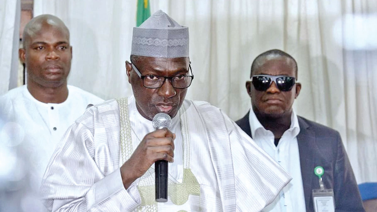 Makarfi seeks immediate release of PDP members in detention centres