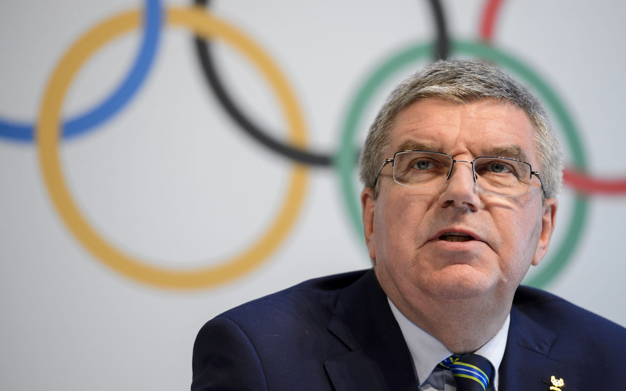 Bach defends IOC's handling of Russian doping problem