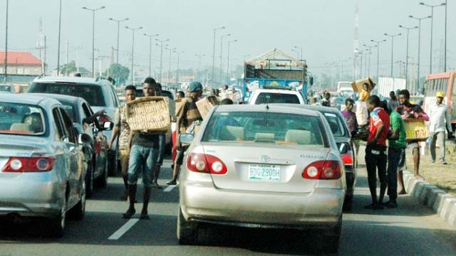 hawkers-lagos-(1)