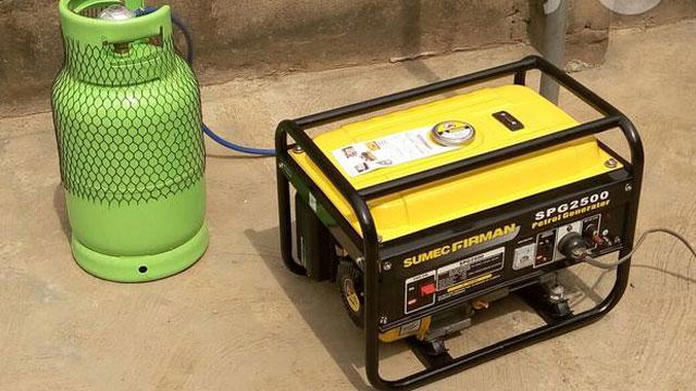 Gas powered generating set