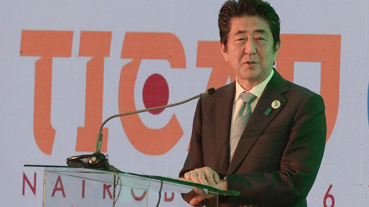Japanese Prime Minister Shinzo Abe speaks during a session with Kenya's Ministry of Health and world Bank group at the TICAD conference in August 26, 2016 Nairobi. SIMON MAINA / AFP
