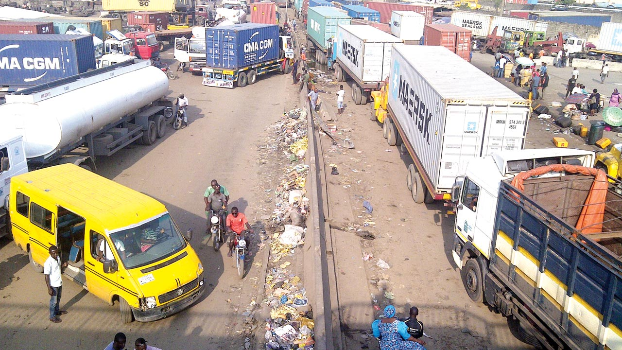 A typical scene along the Apapa Expressway.....