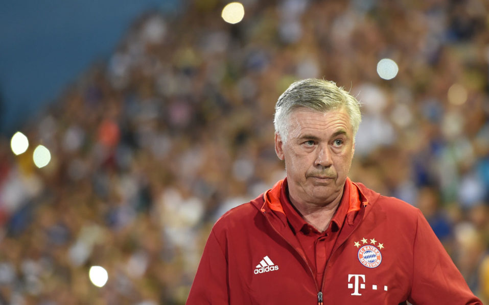 Bayern Munich's Italian headcoach Carlo Ancelotti  / AFP PHOTO / CHRISTOF STACHE /