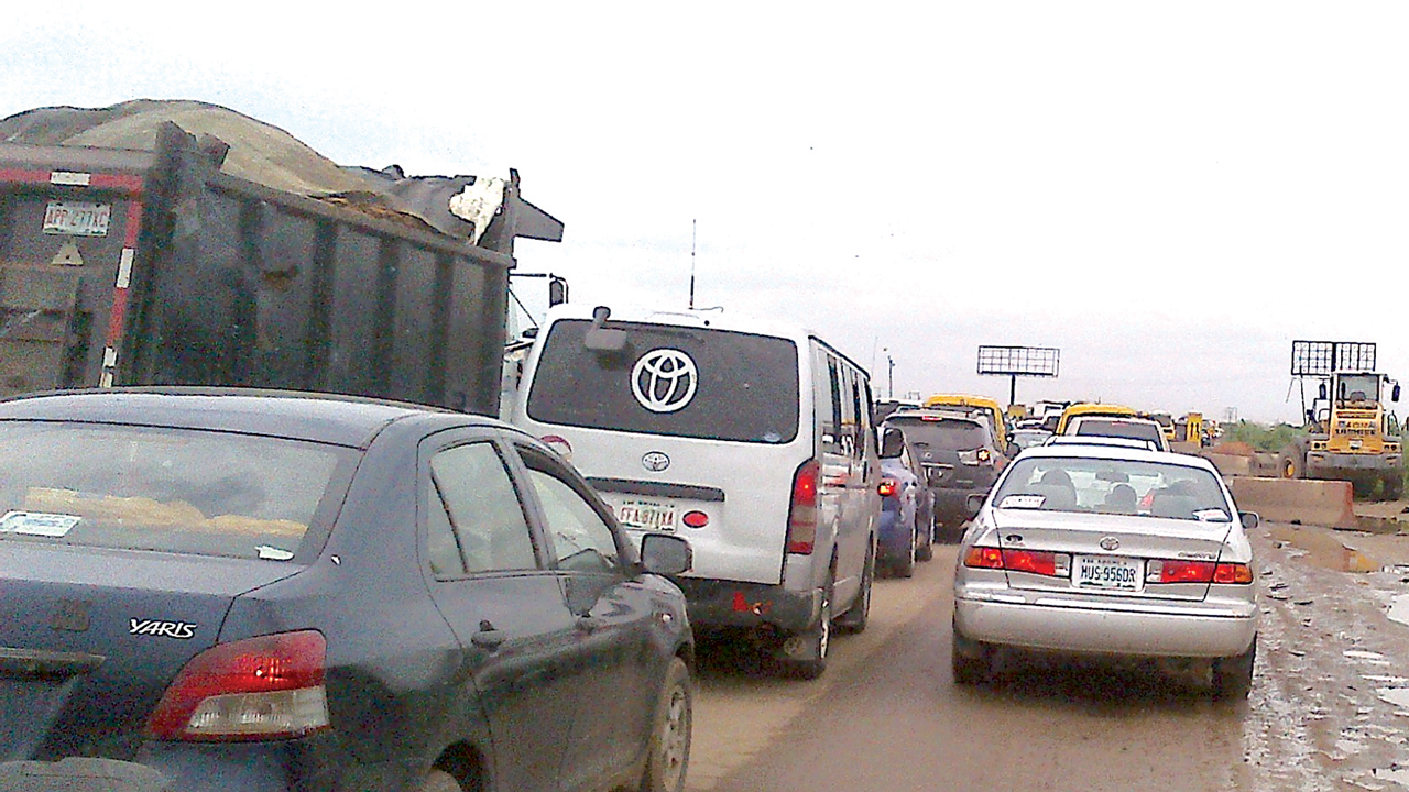 Traffic jam worsened by the ongoing rehabilitation of the road