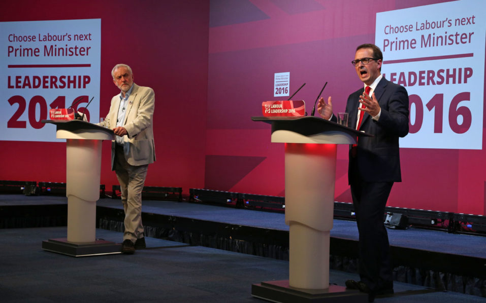 (FILES) This file photo taken on August 4, 2016 shows Britain's opposition Labour Party Leader Jeremy Corbyn (L) and leadership candidate Owen Smith sharing the stage during the first Labour Party leadership debate held in Cardiff, south Wales. Voting will begin Monday, August 22, 2016 to decide if veteran leftist Jeremy Corbyn will remain leader of Britain's Labour party, with an ill-tempered campaign deepening divisions that threaten the party's future. Ballots and online voting forms were due to be sent to party members, who will have until September 21 to decide whether to replace Corbyn with MP Owen Smith, previously little know outside Westminster.  / AFP PHOTO / GEOFF CADDICK