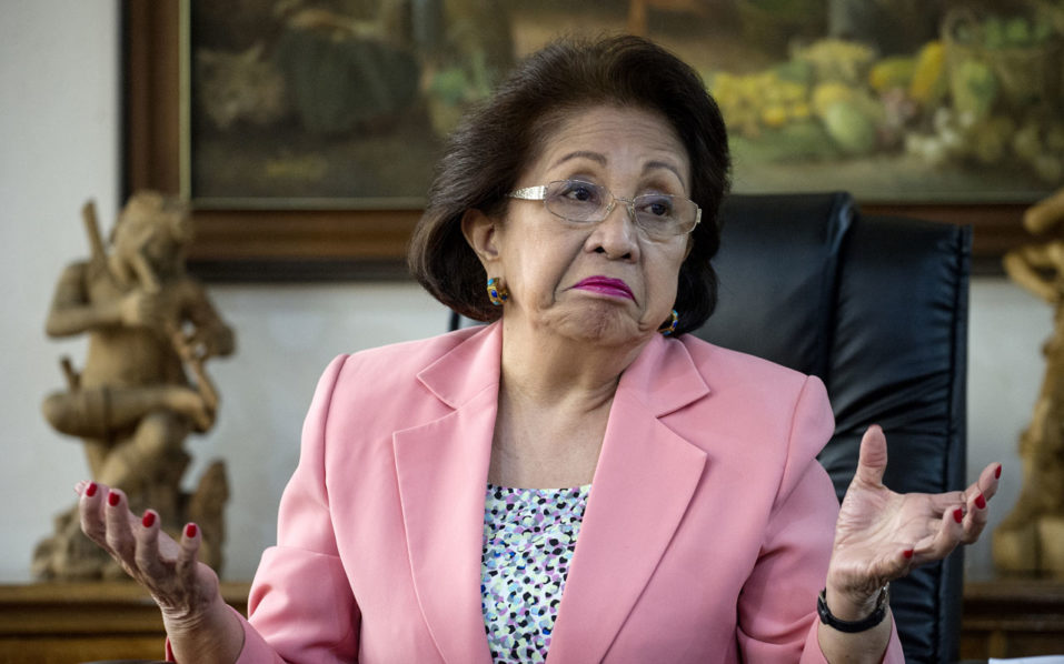 "This picture taken on August 23, 2016 shows Philippine Ombudsman Conchita Carpio-Morales gesturing during an interview at the Office of the Ombudsman in Manila. After four decades in the country's notoriously corrupt judiciary, Morales was looking forward to retirement when former president Benigno Aquino asked her to head a special body to prosecute corrupt officials as part of his centrepiece anti-graft crusade. On August 31, her ""moral courage and commitment to justice in taking head-on one of the most intractable problems in the Philippines,"" is set to be recognised when she will be awarded the Ramon Magsaysay Award - Asia's version of the Nobel. / AFP PHOTO / NOEL CELIS /"