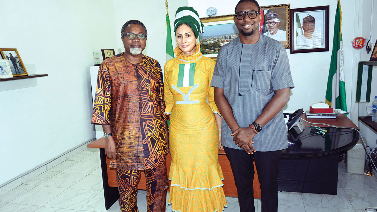 Director-General, NTDC, Mrs. Sally Mbanefo (middle) flanked by film director/producer, Mr. Mahmood Ali-Balogun (left) and  Chief Executive Officer, Black Power Product, Mr. Odera Ozoka (right) during a courtesy visit to NTDC recently