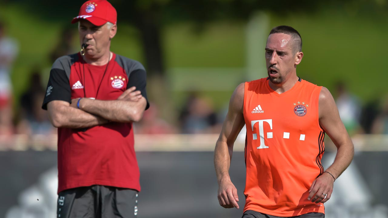 (FILES) This file photo taken on July 11, 2016 shows Bayern Munich's French midfielder Franck Ribery during the first training session with new Bayern Munich's head coach Carlo Ancelotti at the club training area in the southern German city of Munich. Bayern Munich's new coach Carlo Ancelotti has defended veteran winger Franck Ribery, who has been dubbed 'a ticking time-bomb' in the German media for a string of on-field tussles. GUENTER SCHIFFMANN / AFP