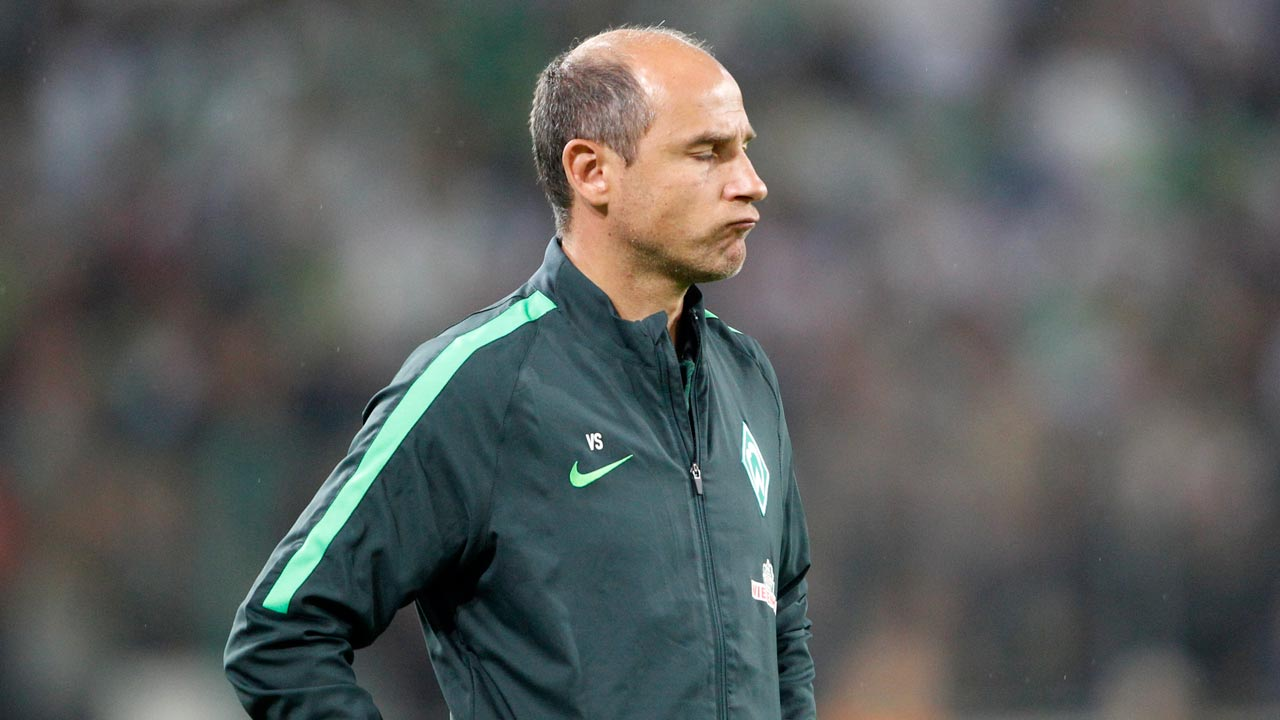 Bremen's Ukrainian head coach Viktor Skripnik reacts during the German first division Bundesliga football match of Borussia Moenchengladbach vs Werder Bremen in Moenchengladbach, western Germany, on September 17, 2016. As it was announced on September 18, 2016, Skripnik was sacked due to bad results. Roland Weihrauch / AFP