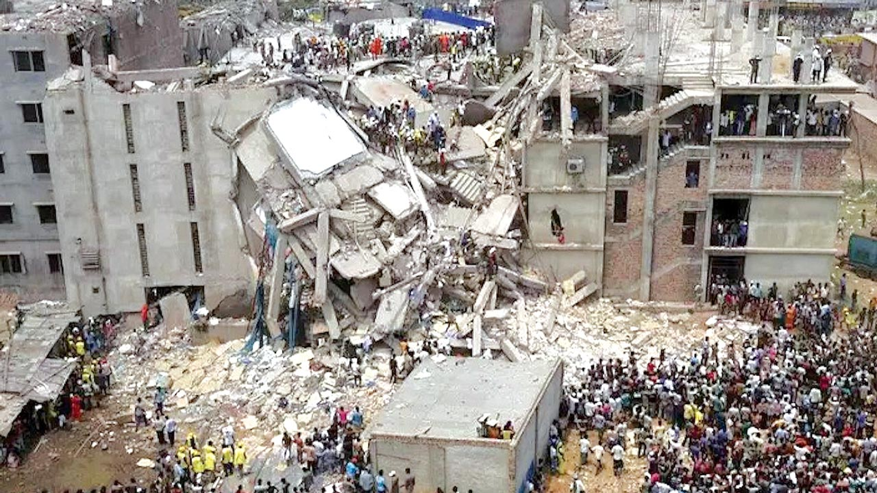 The collapsed guesthouse...