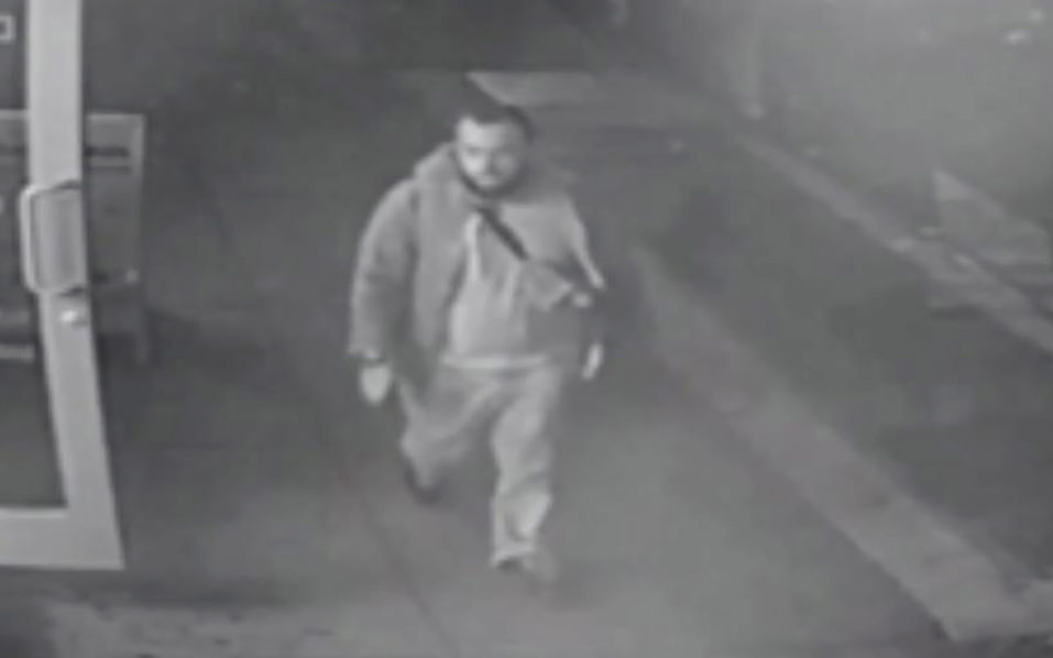 This video grab image released September 19, 2016 by the New Jersey State Police allegedly shows Ahmad Khan Rahami. The FBI is asking for assistance in locating Ahmad Khan Rahami. Rahami is wanted for questioning in connection with an explosion that occurred on September 17, at approximately 8:30 p.m. EST in the vicinity of 135 West 23rd Street, in New York. Rahami is a 28-year-old United States citizen of Afghan descent born on January 23, 1988, in Afghanistan.  / AFP PHOTO / New Jersey State Police / HO /