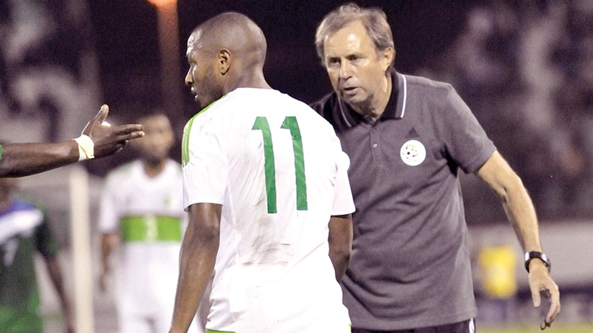 Algeria's Coach, Milovan Rajevac (right), talks to Yacine Brahimi during their Gabon 2017 AFCON qualifier against Lesotho…at the weekend. PHOTO: AFP.