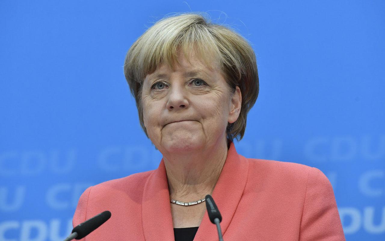 Merkel and Trump agree on tougher North Korea sanctions