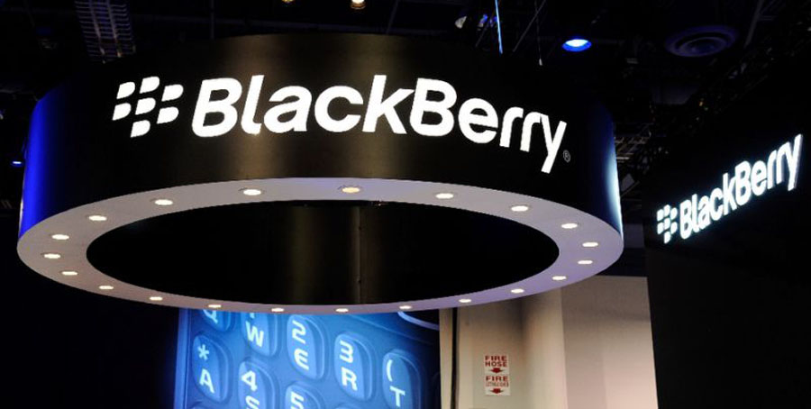 Blackberry smartphon handset sales continue to stagnate in the face of competition from Apple and Android phones (AFP Photo/Ethan Miller)