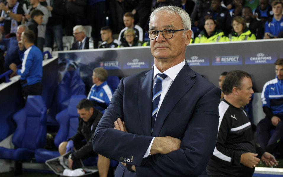 Leicester City's Italian manager Claudio Ranieri reacts ahead of the UEFA Champions League group G football match between Leicester City and Porto at the King Power Stadium in Leicester, central England on Septmeber 27, 2016. / AFP PHOTO / Ian Kington