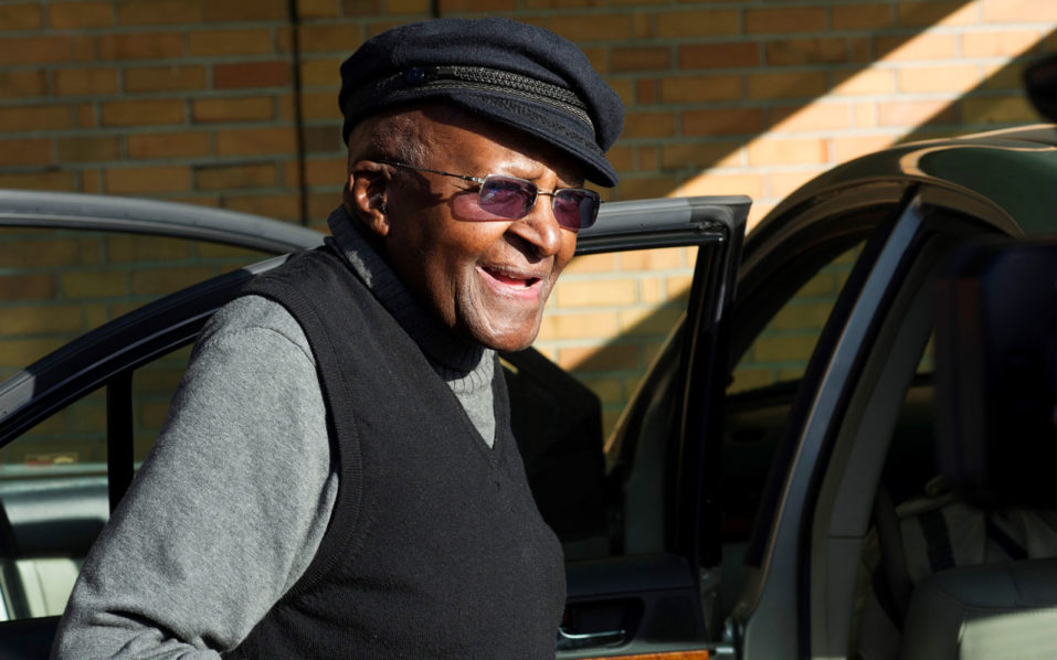 (FILES) This file photo taken on August 03, 2016 shows  South African anti-apartheid activist and Nobel Peace Laureate Archbishop Desmond Tutu arriving to cast his vote in the South African local government elections at Milnerton High School in Cape Town.  South Africa's retired archbishop Desmond Tutu will this week undergo minor surgery to fix an undisclosed but persistent infection, his family said on September 6, 2016. / AFP PHOTO / RODGER BOSCH