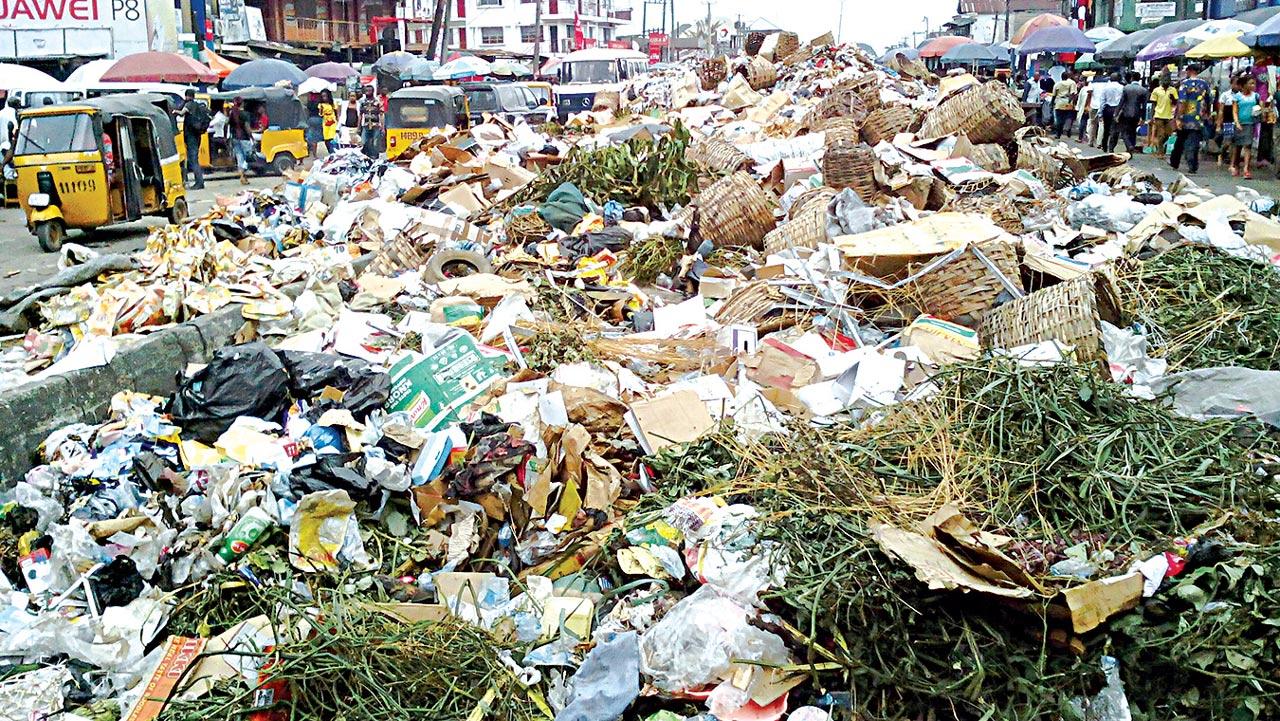 The heap of refuse, PHOTOS: Charles Ogugbuaja