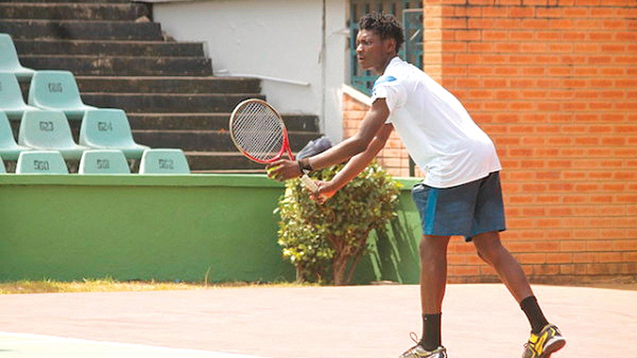 Sylvester Emmanuel defeated Moses Michael to salvage a point for Team Offikwu at the NCC Tennis League opening round…on Sunday.