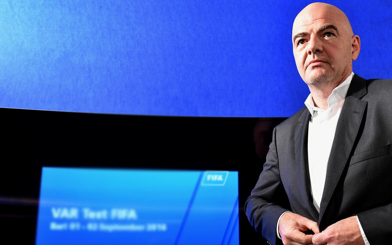 FIFA president Gianni Infantino / AFP PHOTO / ALBERTO PIZZOLI