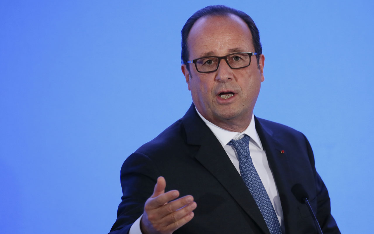 French President Francois Hollande / AFP PHOTO / POOL / GONZALO FUENTES