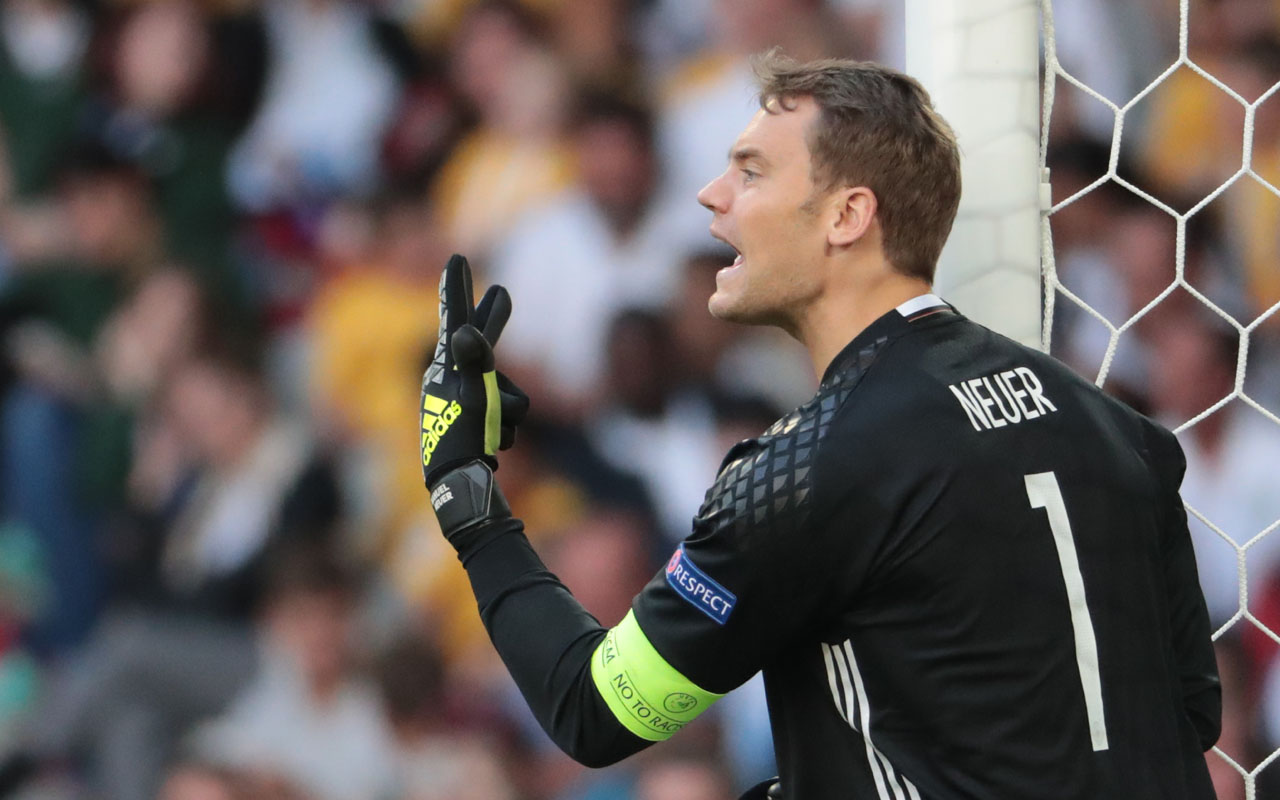 Bayern stopper Neuer could be out till March — Sport — The