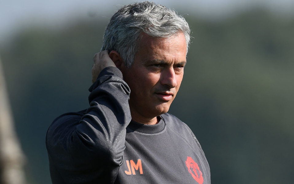 Manchester United's Portuguese manager Jose Mourinho / AFP PHOTO / PAUL ELLIS