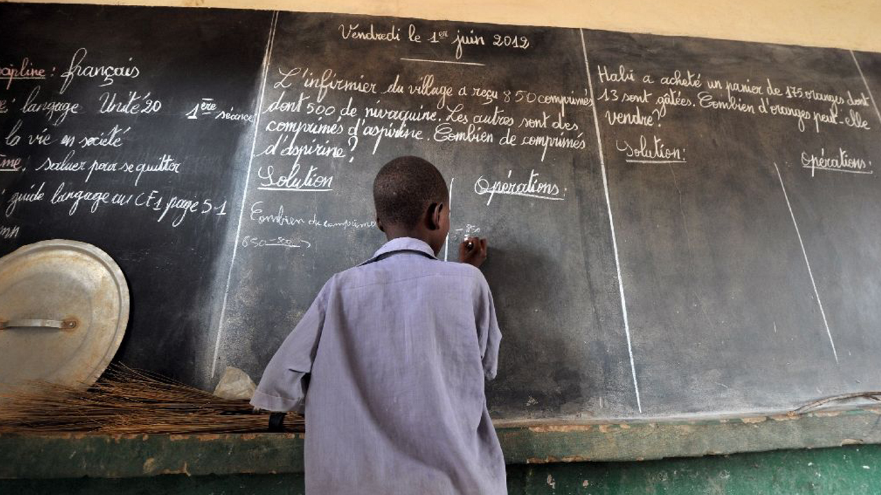 Teachers and students launched a crippling week-long strike in Niger to protest over the non-payment of salaries and scholarships. PHOTO: AFP Photo/Issouf Sanogo