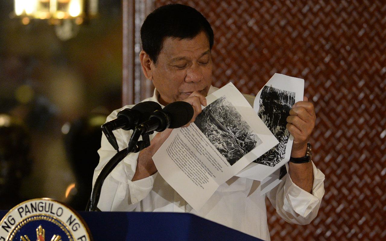 Philippine President Rodrigo Duterte / AFP PHOTO / TED ALJIBE