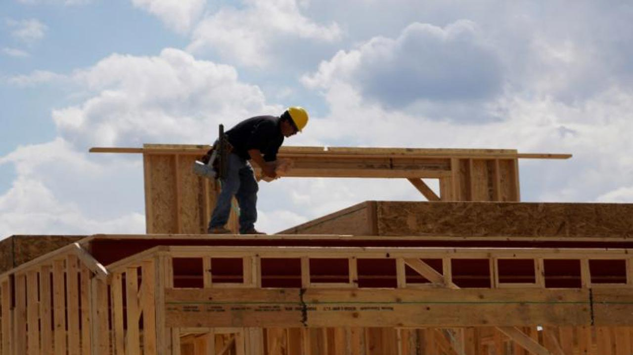 A worker constructing a new home in Leyden Rock in Arvada, Colorado, U.S. Photo: REUTERS