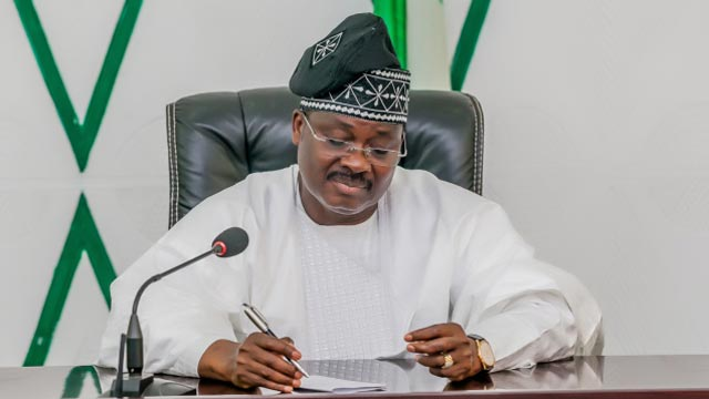 NEWS:Ajimobi congratulates Oyo Assembly on election of new speaker