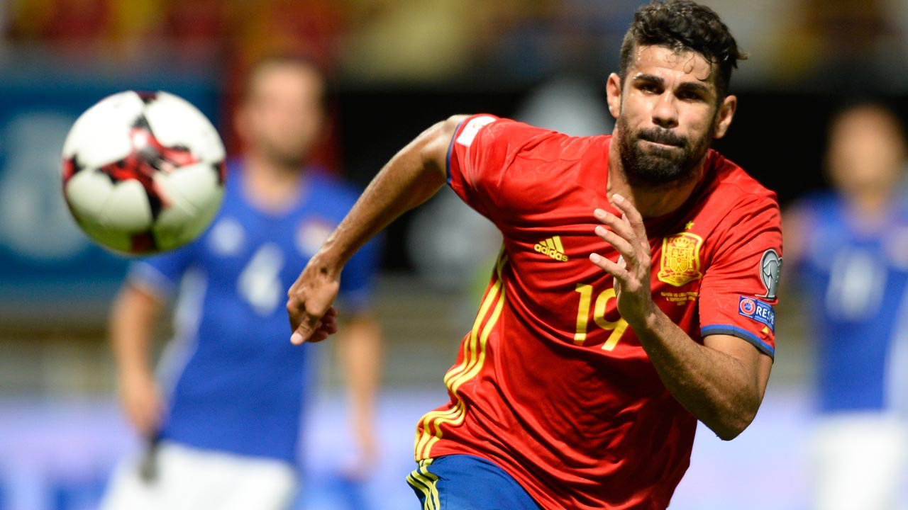 Spain's forward Diego Costa runs for the ball during the WC 2018 football qualification match between Spain and Liechtenstein at the Reyno de Leon Stadium in Leon on September 5, 2016. Spain won the match 8-0. PHOTO: MIGUEL RIOPA / AFP