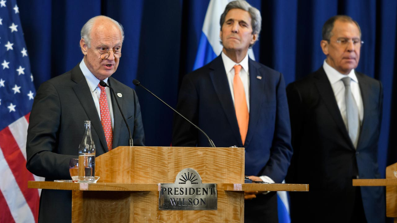 (L -R) United Nations Special Envoy for Syria Staffan de Mistura, US Secretary of State John Kerry and Russian Foreign Minister Sergei Lavrov attend a press conference after meetings to discuss the Syrian crisis early on September 10, 2016, in Geneva. The United State and Russia agreed a plan to impose a ceasefire in the Syrian civil war and lay the foundation of a peace process, US Secretary of State John Kerry said. PHOTO: FABRICE COFFRINI / AFP