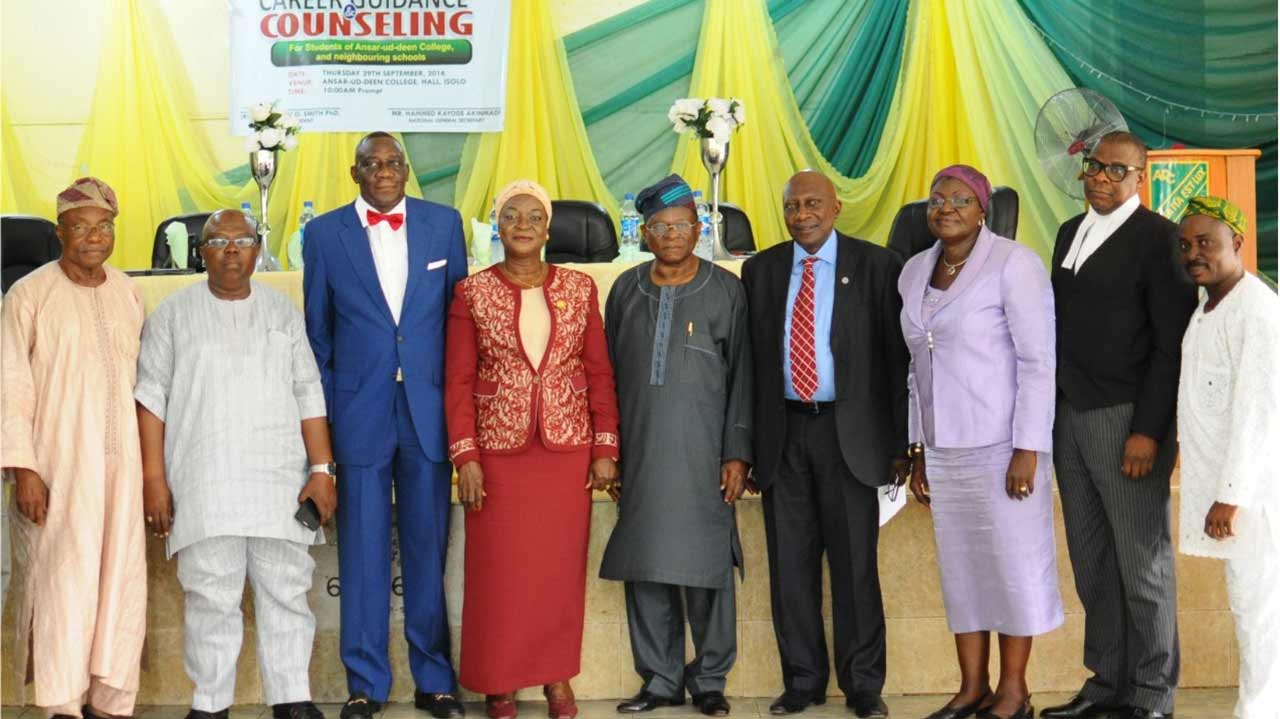 Mr. Al-Ameen Dabiri (left); Alhaji Lanre Bakare; Air Vice Marshall Sikiru Ladi Smith; Alhaja Hamdalat Anifowose; Chief Yomi Ayepola; Dr Umar Sanda; Alhaja Omowunmi Adelaja; Mr Lateef Kareem, and Mr. Kayode Akinmade, during a career talk organised by Ansar-ud-deen College Old Students' Association, Isolo, Lagos.