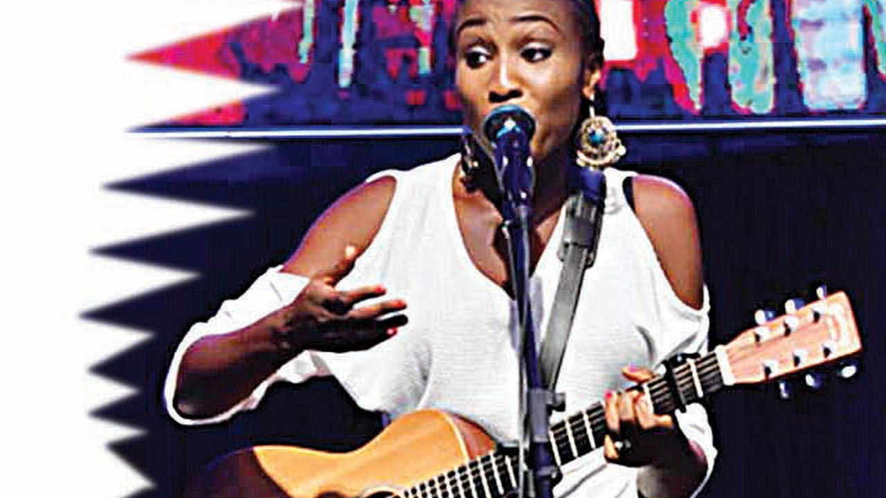 Singer, Aramide performing at the event.