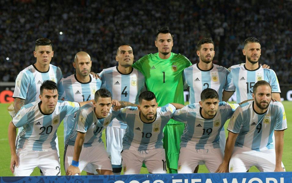 Argentina's team / AFP PHOTO / Juan Mabromata