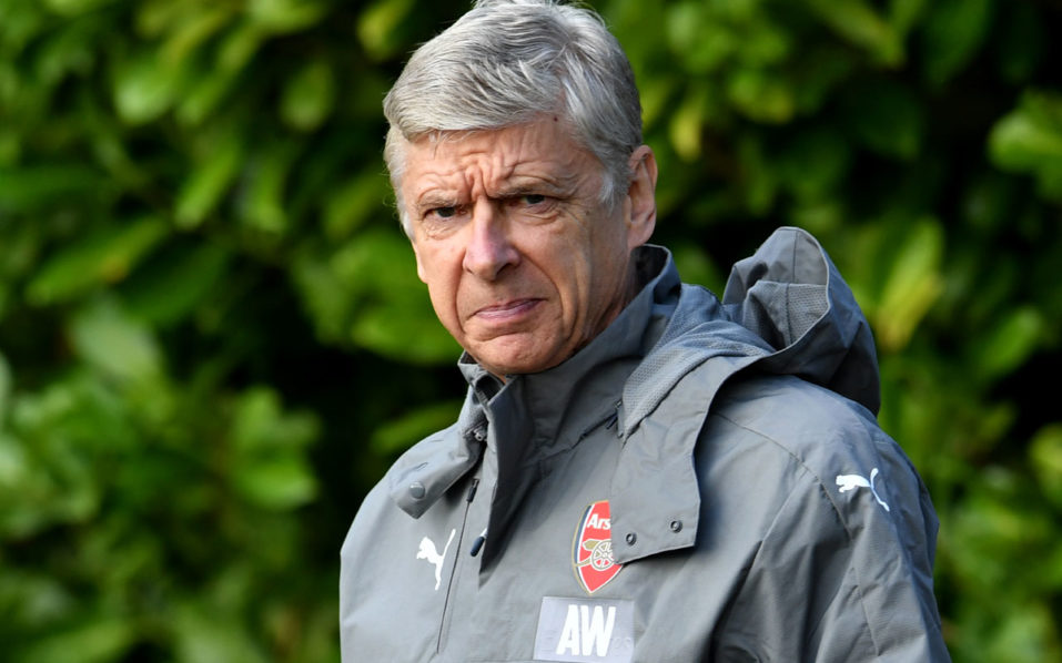 Arsenal's French manager Arsene Wenger arrives for a training session at Arsenal's London Colney training ground near Watford north of London on October 18, 2016 ahead of their UEFA Champions League group A football match against Ludogorets Razgrad on October 19.  / AFP PHOTO / BEN STANSALL