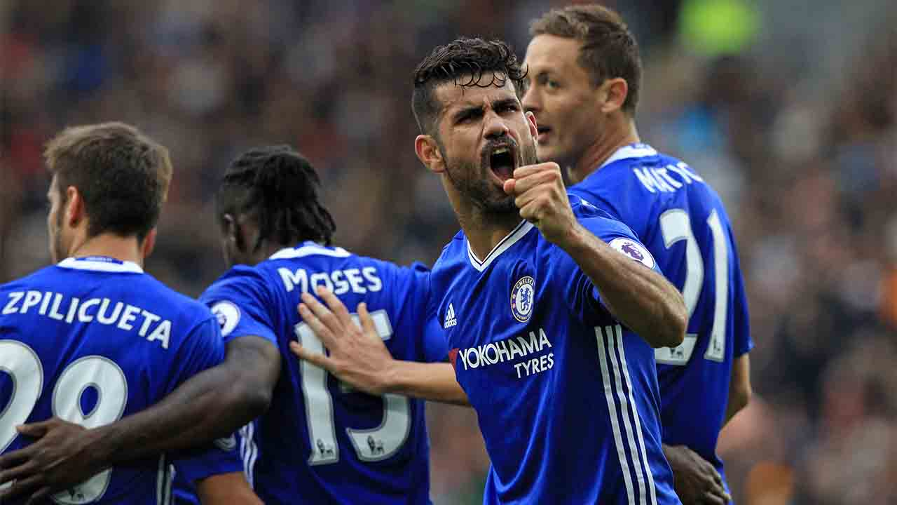 Chelsea's Brazilian-born Spanish striker Diego Costa (2nd R) celebrates scoring their second goal during the English Premier League football match between Hull City and Chelsea at the KCOM Stadium in Kingston upon Hull, north east England on October 1, 2016. / AFP PHOTO / Lindsey PARNABY / RESTRICTED TO EDITORIAL USE. No use with unauthorized audio, video, data, fixture lists, club/league logos or 'live' services. Online in-match use limited to 75 images, no video emulation. No use in betting, games or single club/league/player publications.  /
