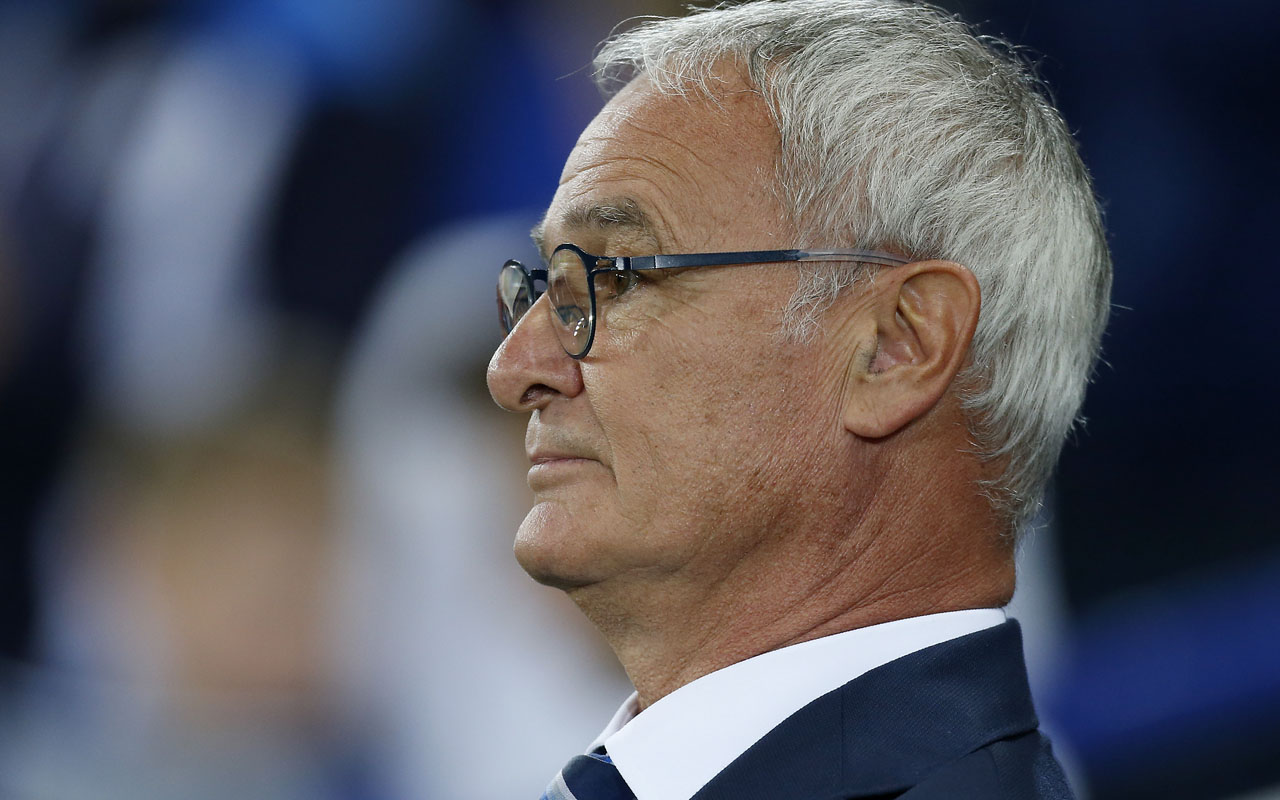 Leicester City's Italian manager Claudio Ranieri  / AFP PHOTO / Ian Kington