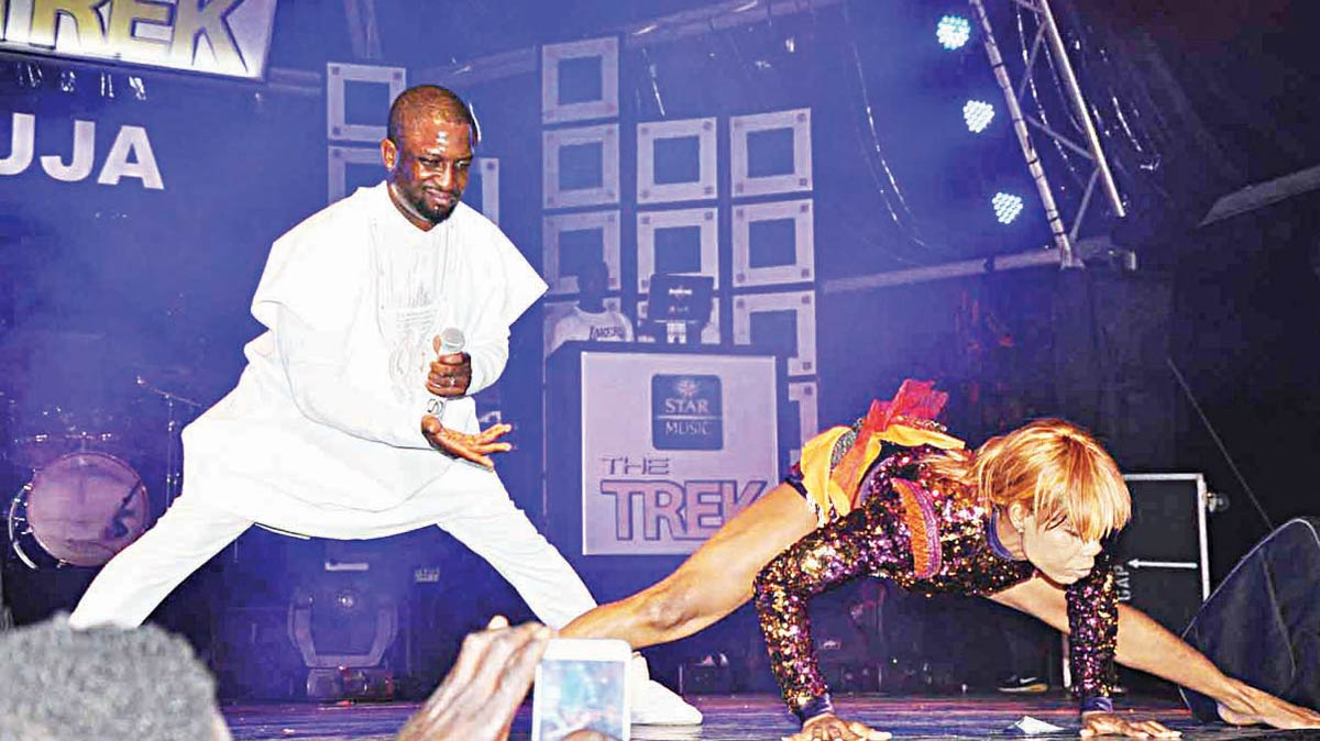Dare Art Alade on stage at the Star Music Trek in Abuja.