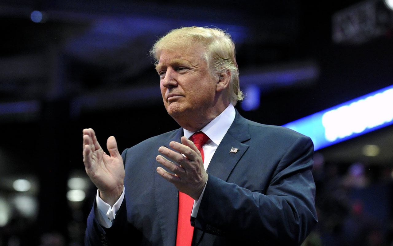 Republican presidential nominee Donald Trump  / AFP PHOTO / Jason Connolly