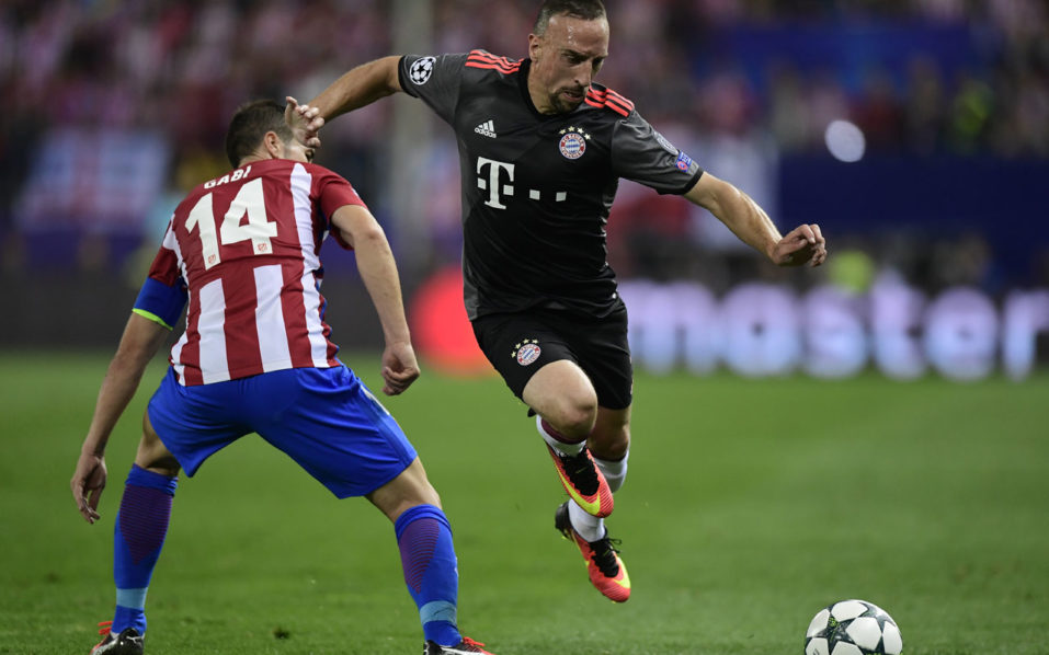 Bayern Munich's French forward Franck Ribery during the UEFA Champions League Group D football match Club Atletico de Madrid vs FC Bayern Munich at the Vicente Calderon stadium in Madrid on September 28, 2016. / AFP PHOTO / JAVIER SORIANO