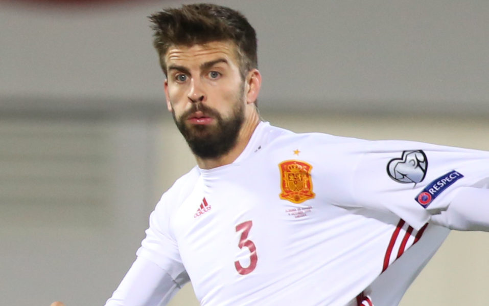 Spain's Gerard Pique / AFP PHOTO / GENT SHKULLAKU