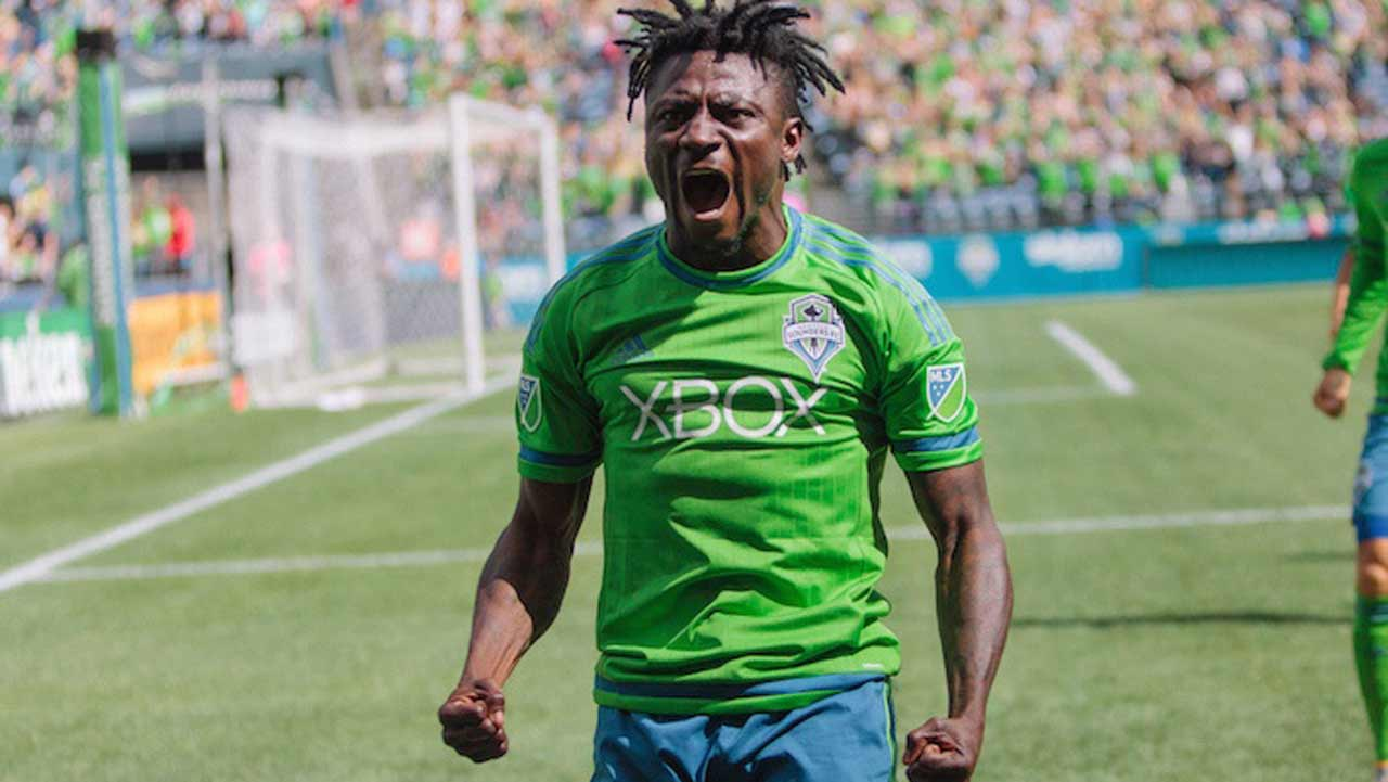 Obafemi Martins' new deal with Shanghai Shenhua will fetch him N4.1 billion a year.